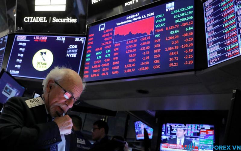 Thị trường châu Âu giảm nhẹ sau khi thỏa thuận thương mại Brexit thông qua