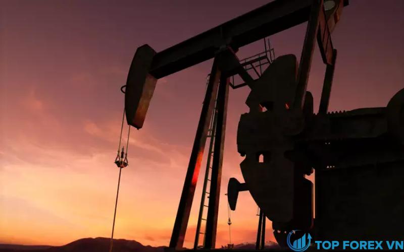 Giá dầu giảm nhẹ vào thứ Hai