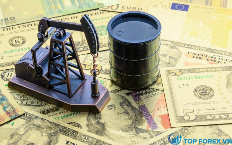 Tiền tệ và dầu mỏ